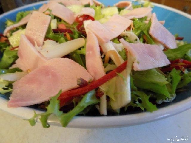 Összedobálós saláta